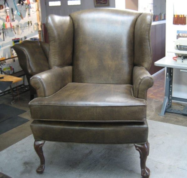 Luxurious Crown Seat Upholstery Using leather