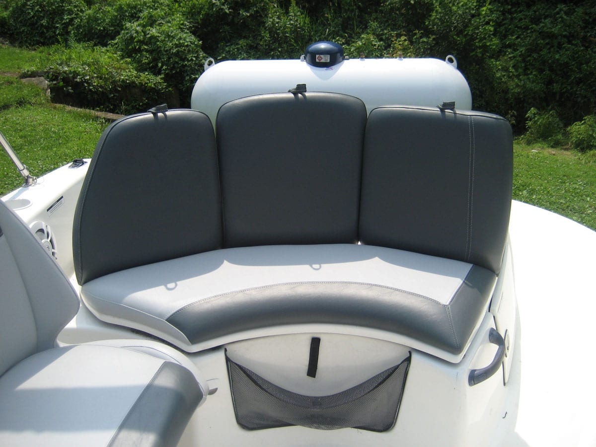 Total Makeover Of Islandia Boat With New Upholstery Upholstery Shop Quality Reupholstery