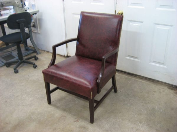 leather classic chair wooden arm and wood lag