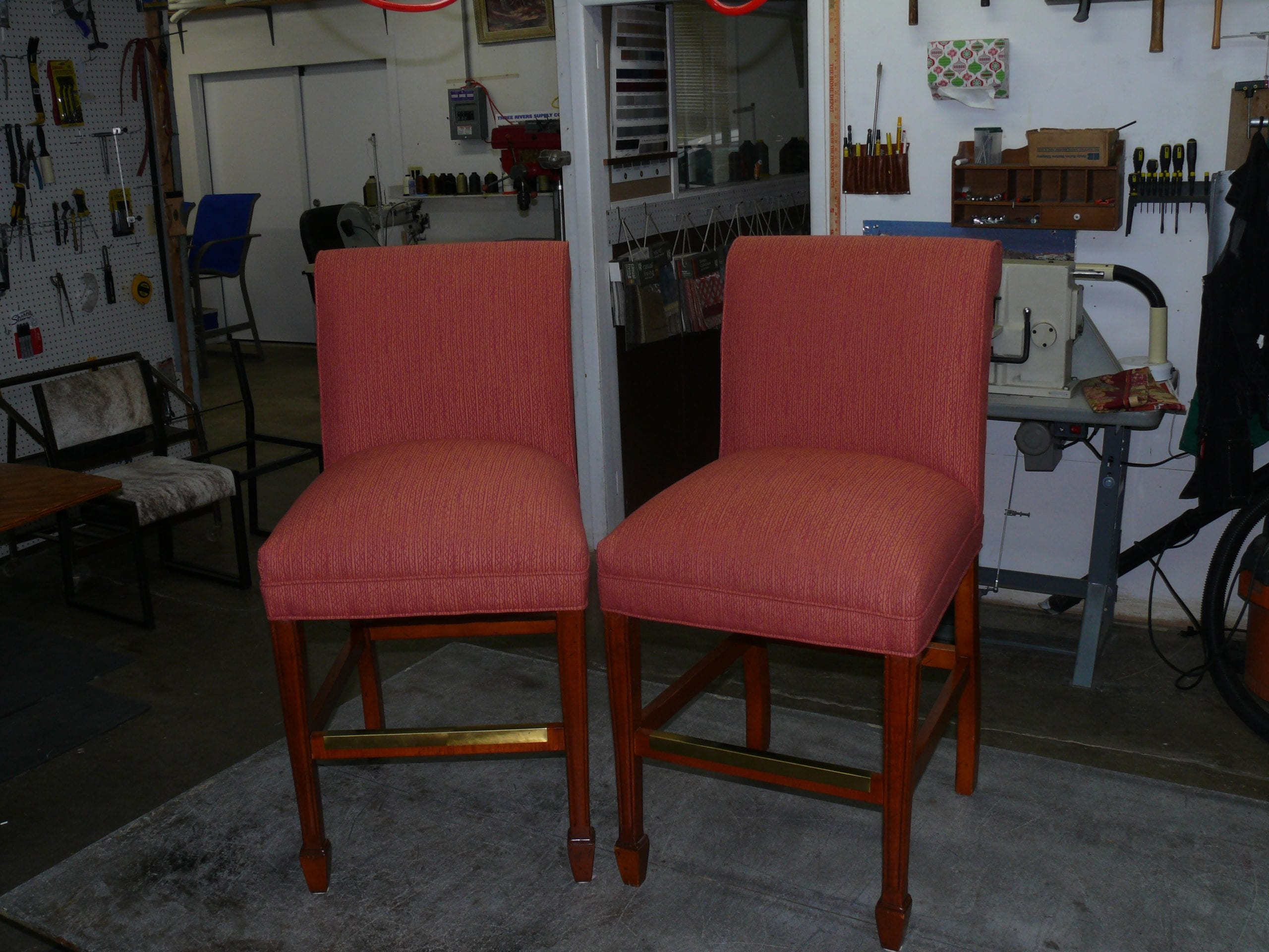 Bar Chair Wooden Leg With Red Stripe Fabric Upholstery